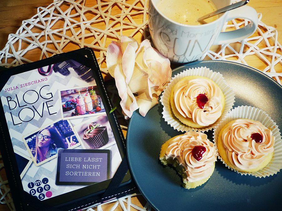 Blog Love feiert Geburtstag mit Himbeer Cupcakes